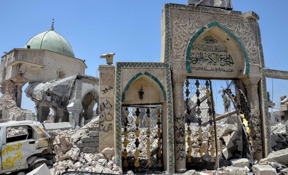 تصاویر | مسجد ۹۰۰ساله النوری؛ روایتی تلخ از جنایت داعش                                  ,