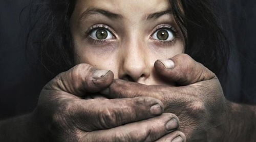 تجاوز به یک دختر خردسال در دروازه غار/ آزار و اذیت توسط پدربزرگ