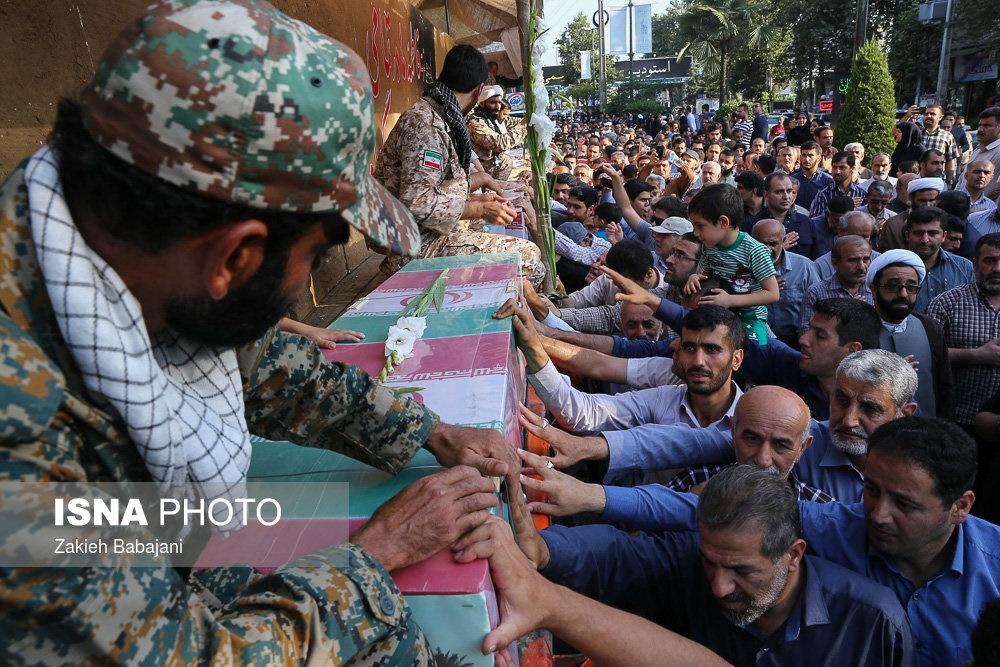 تصاویر   استقبال مردم آمل از شهدای دفاع مقدس