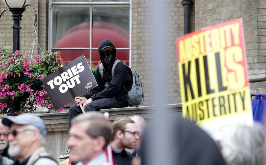 تصاویر | تظاهرات گسترده در لندن برای استعفای ترزا می