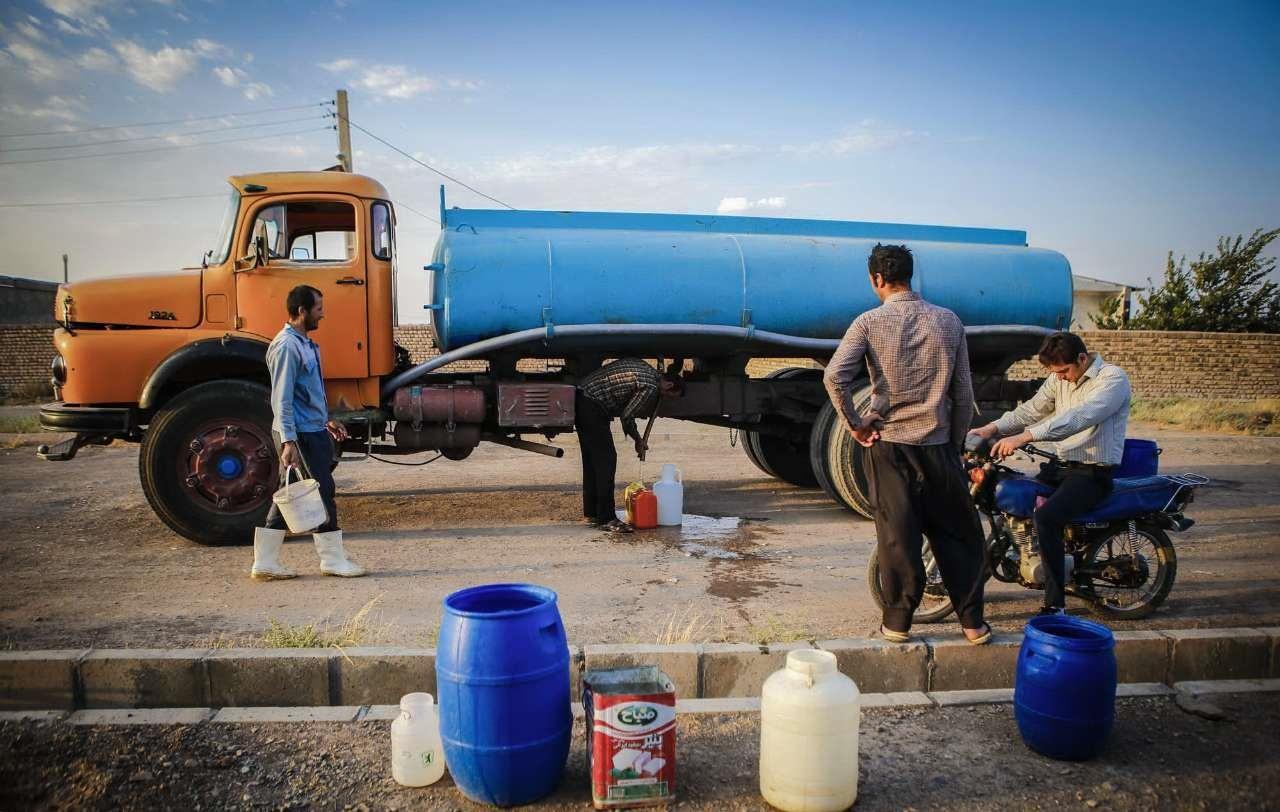 زمان توزیع مرحله چهارم سبد کالا 95 مقایسه-سرانه-مصرف-آب-در-ایران-جهان