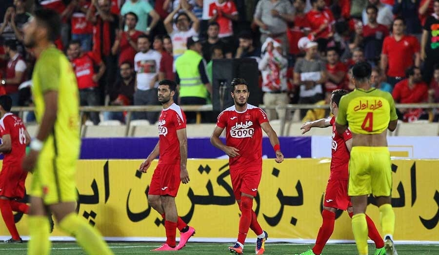پرسپولیس ۳-۰ نفت تهران / قرمزها اولین جام فصل را فتح کردند