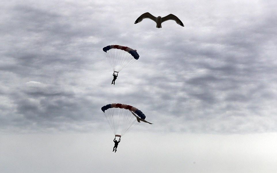 تصاویر   حرکات نمایشی حیرتانگیز در نمایشگاه هوایی ساندرلند