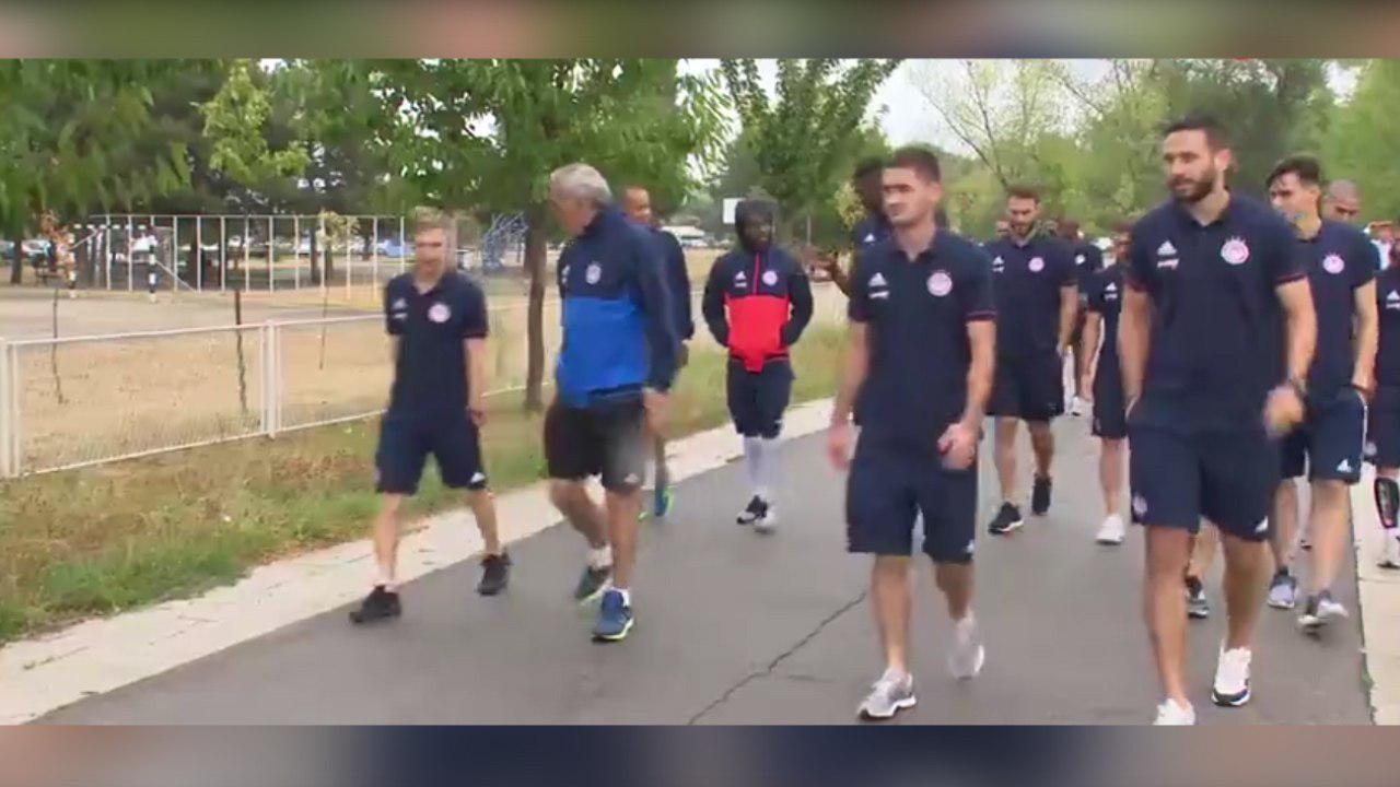 فیلم | پیاده روی یاران انصاریفرد قبل از بازی با پارتیزان بلگراد