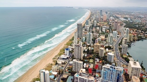 استرالیاییها طولانیترین بزرگراه ویژه خودروهای الکتریکی را میسازند/ ایستگاه شارژ به جای پمپبنزین