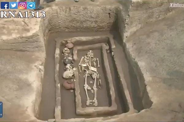 فیلم | کشف اسکلت انسانهای غولپیکر ۵۰۰۰ ساله در چین
