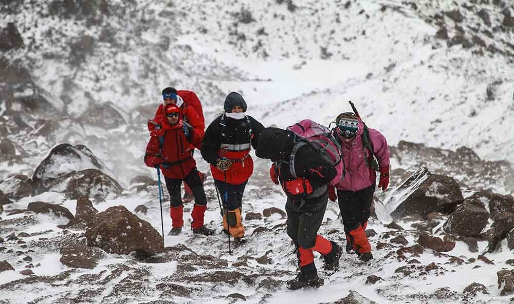 قله سبلان کجاست عمق دریاچه سبلان عکس کوه سبلان صعود به سبلان در تابستان به کجای ایران سفر کنیم جاهای دیدنی ایران در تابستان جاهای دیدنی ایران جاهای دیدنی اردبیل