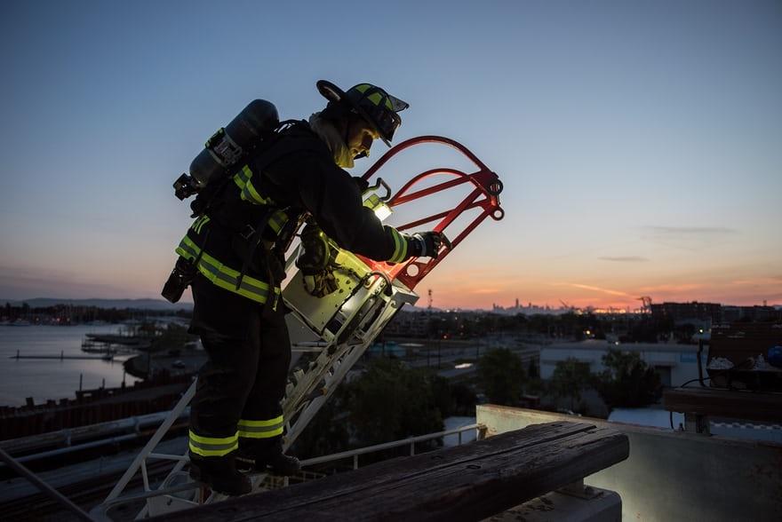 تصاویر | تمرین آتشنشانها برای مقابله با حریقهای گسترده در کالیفرنیا