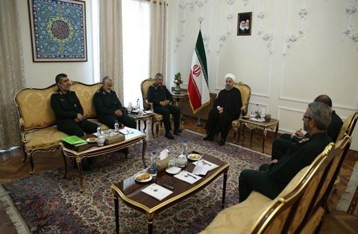 روحانی:تقویت توان ارتش و سپاه، امنیت ملی کشور را تضمین میکند