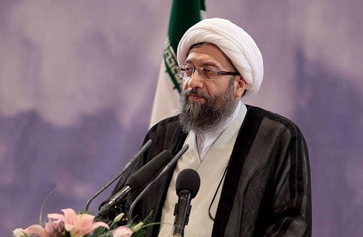 آملیلاریجانی: آمریکا فورا شهروندان ایرانی در بند را آزاد کند/ دو تابعیتی را به رسمیت نمی شناسیم