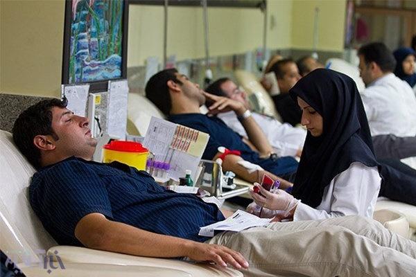 اهدای خون، نجات زندگی/ آذربایجان شرقی مشکل تامین خون های کمیاب ندارد
