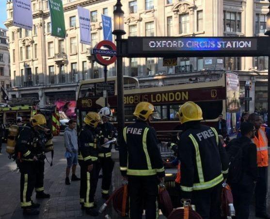 تصاویر | آتشسوزی در ۲ خط متروی لندن