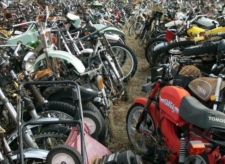 تصاویر | گورستان موتورسیکلتها در آریزونا