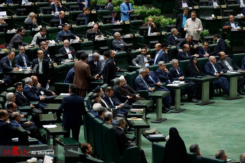 تصاویر | حال و هوای مجلس در روز بررسی رأی اعتماد به وزرای پیشنهادی
