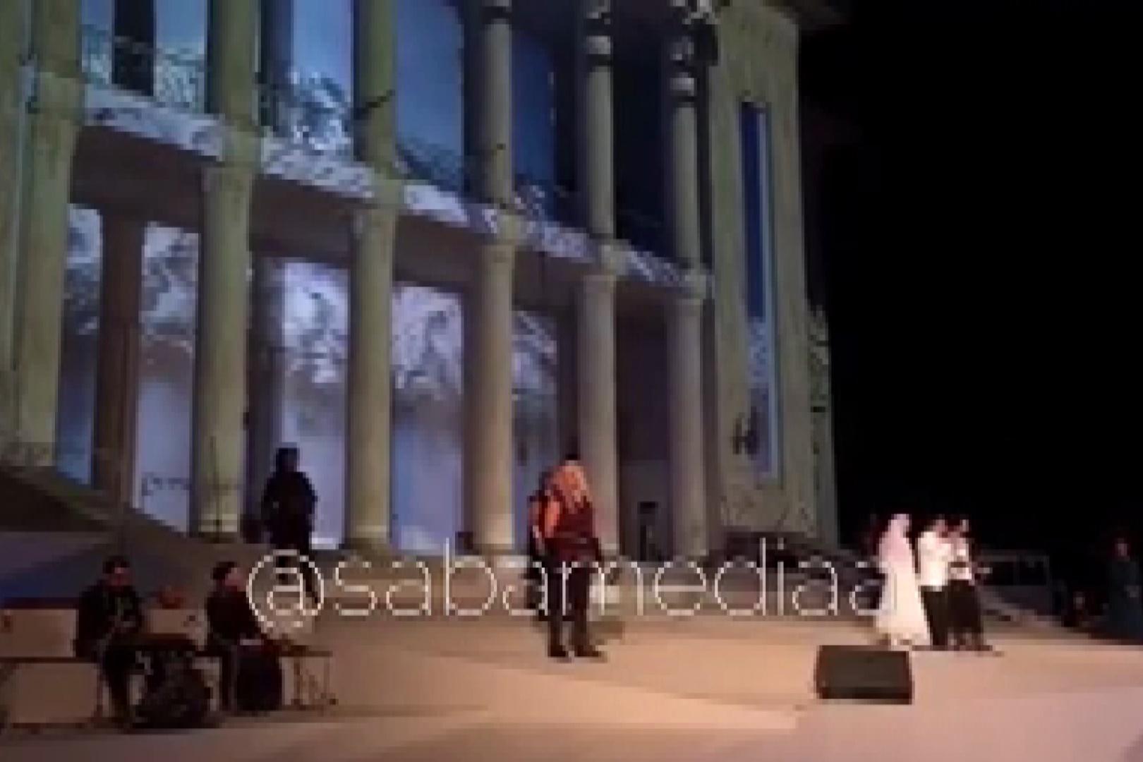 فیلم | بهرام رادان، سحر دولتشاهی و مهدی پاکدل در کنسرتنمایش «سی»