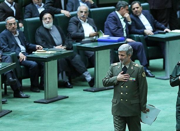 وزیر بدون مخالف روحانی/ حاتمی؛ نماد وحدت ارتش و سپاه