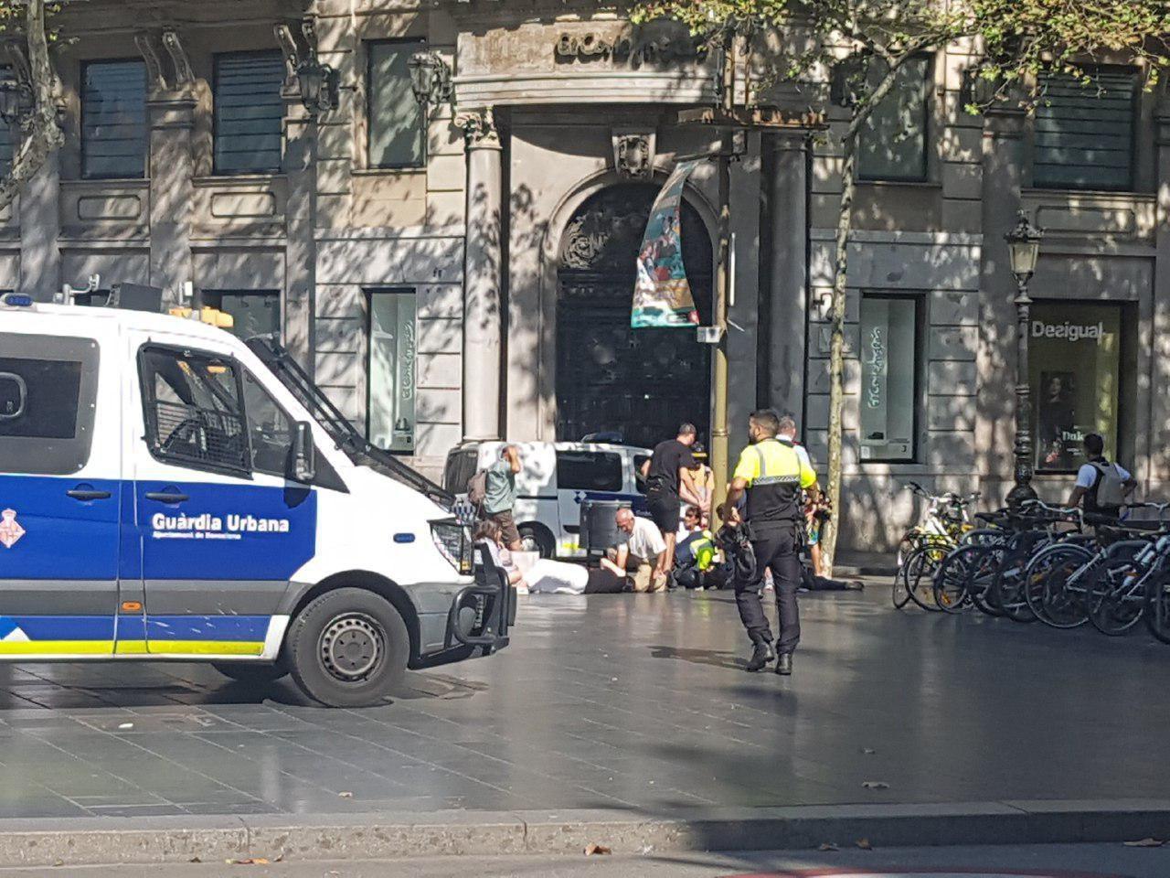 فیلم | همه آنچه در حمله تروریستی و گروگانگیری بارسلونا گذشت