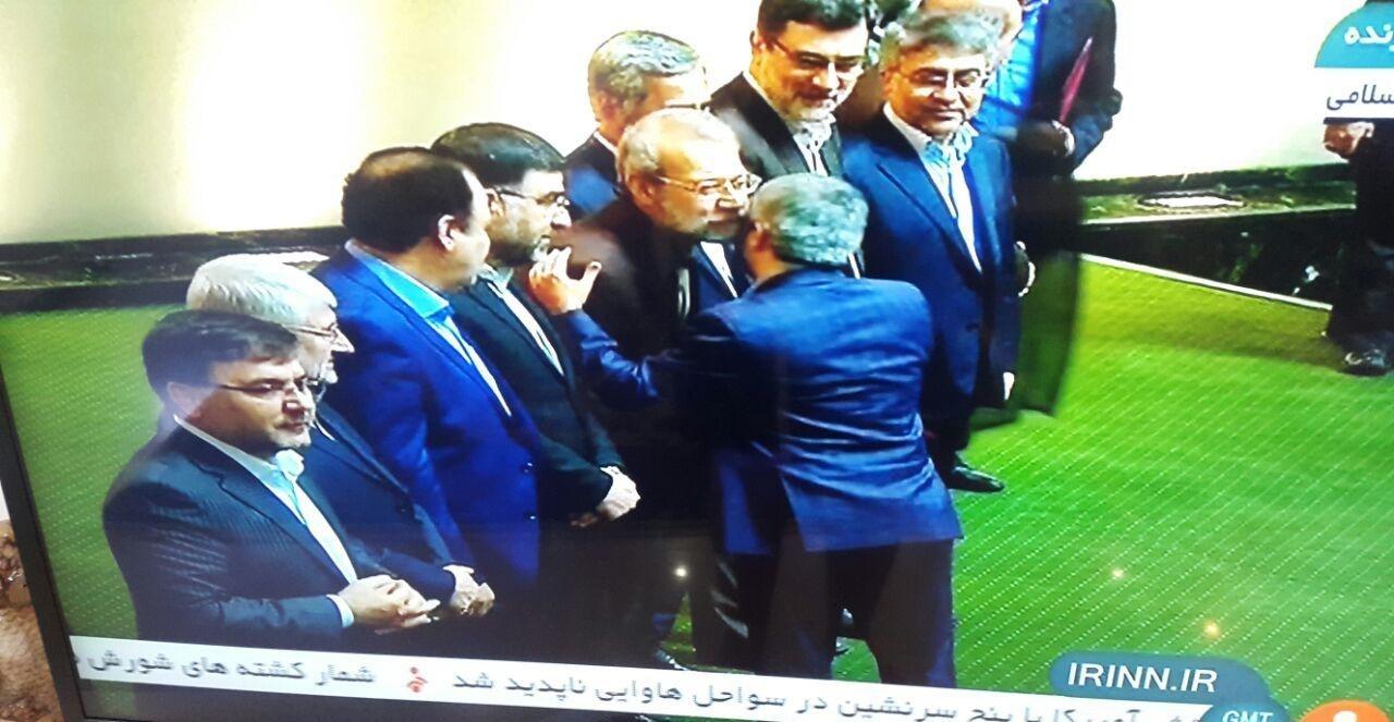 تجلیل از نمایندگان آزاده مجلس/ لاریجانی: مردم همیشه قدردان مجاهدات اسرای جنگ تحمیلی هستند
