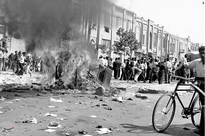 ۶۴ سال پس از کودتا؛ روایات متضاد بازماندگان مصدق و کاشانی