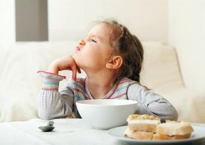 خطراتی که صبحانه نخوردن برای بچهها دارد/ هشدار درباره احتمال ابتلا به سوء تغذیه