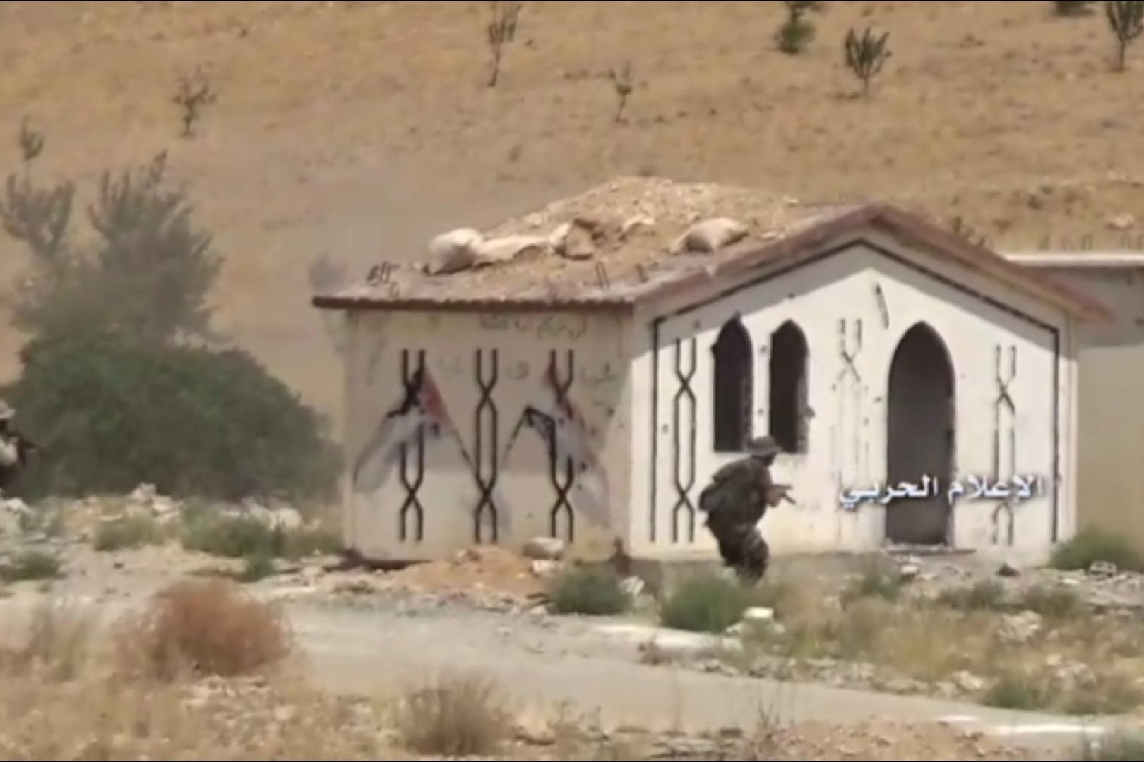 فیلم | عملیات مشترک ارتش سوریه و حزبالله در مرز لبنان