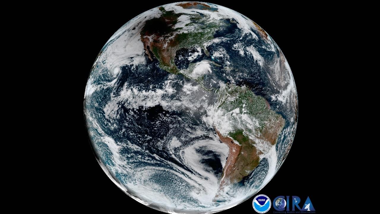 تصویر خورشیدگرفتگی از فضا و حرکت سایه ماه روی زمین را ببینید/ عکسهای ماهواره ۱.۲ میلیون دلاری ناسا