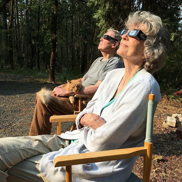 تصاویر | ذوق و شوق آمریکاییها از تماشای یک پدیده طبیعی بعد از ۹۹ سال