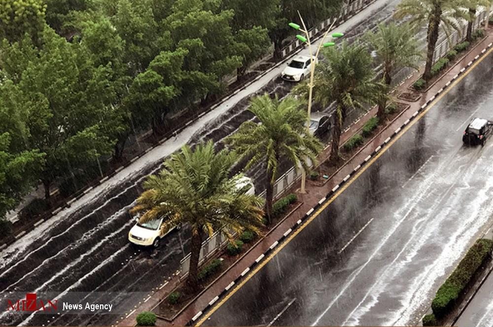 تصاویر | بارش شدید باران و آبگرفتگی معابر در مکه