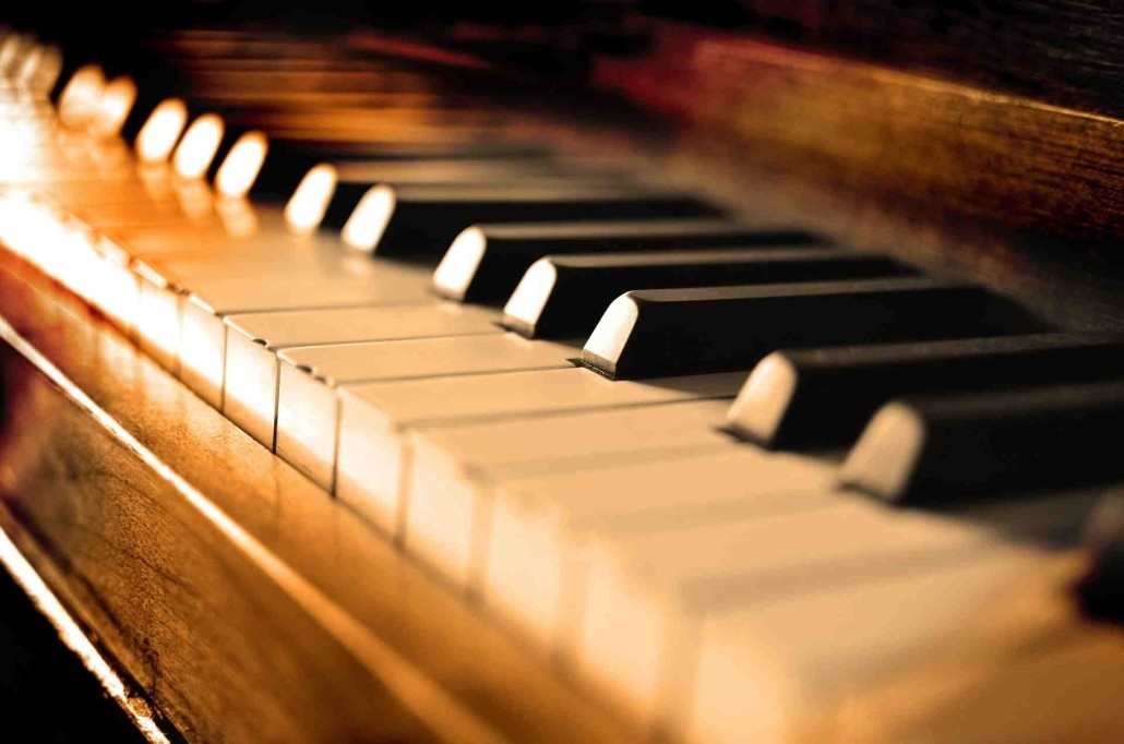 شهریورِ تهران و بداههنوازی پیانو در نیاوران؛ ۹ اروپایی و ۲ ایرانی