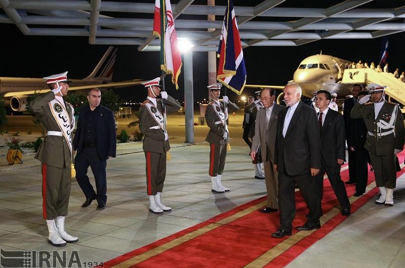تصاویر | ورود هیات دیپلماتیک کرهشمالی به تهران برای شرکت در مراسم تحلیف