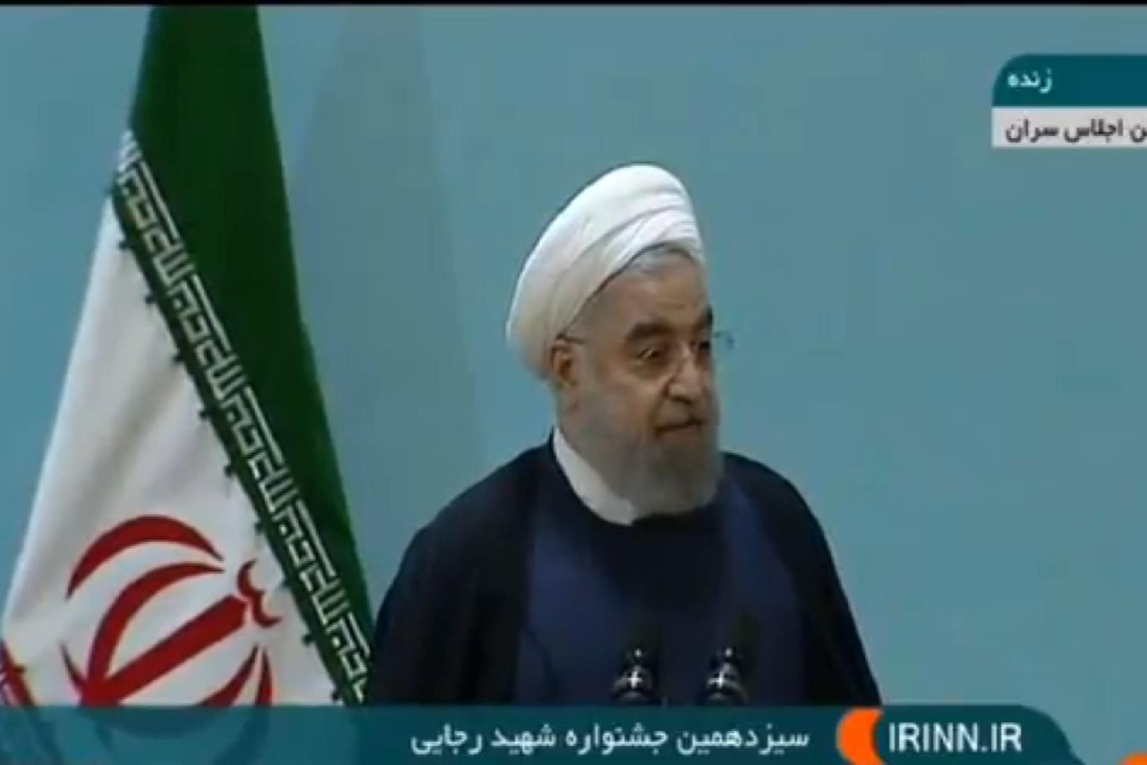 فیلم | روحانی: کسی نباید بگوید حقوق من کم است پس کم کار میکنم؛ رجایی شدن کار آسانی نیست