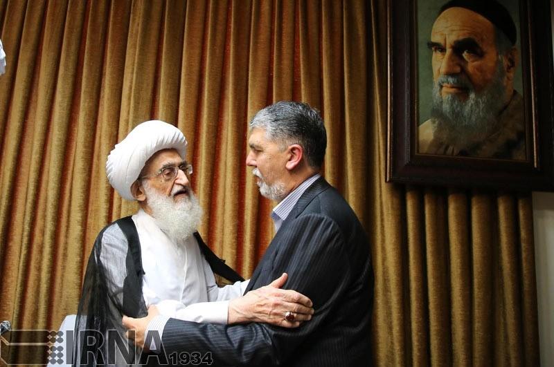 تصاویر   حضور وزیر فرهنگ و ارشاد اسلامی در دفتر آیتالله نوریهمدانی