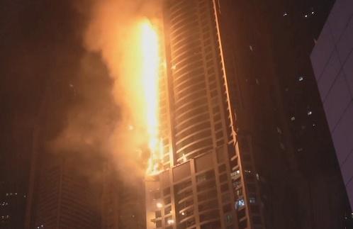 فیلم | آتشسوزی در برج ۸۶ طبقهای دوبی