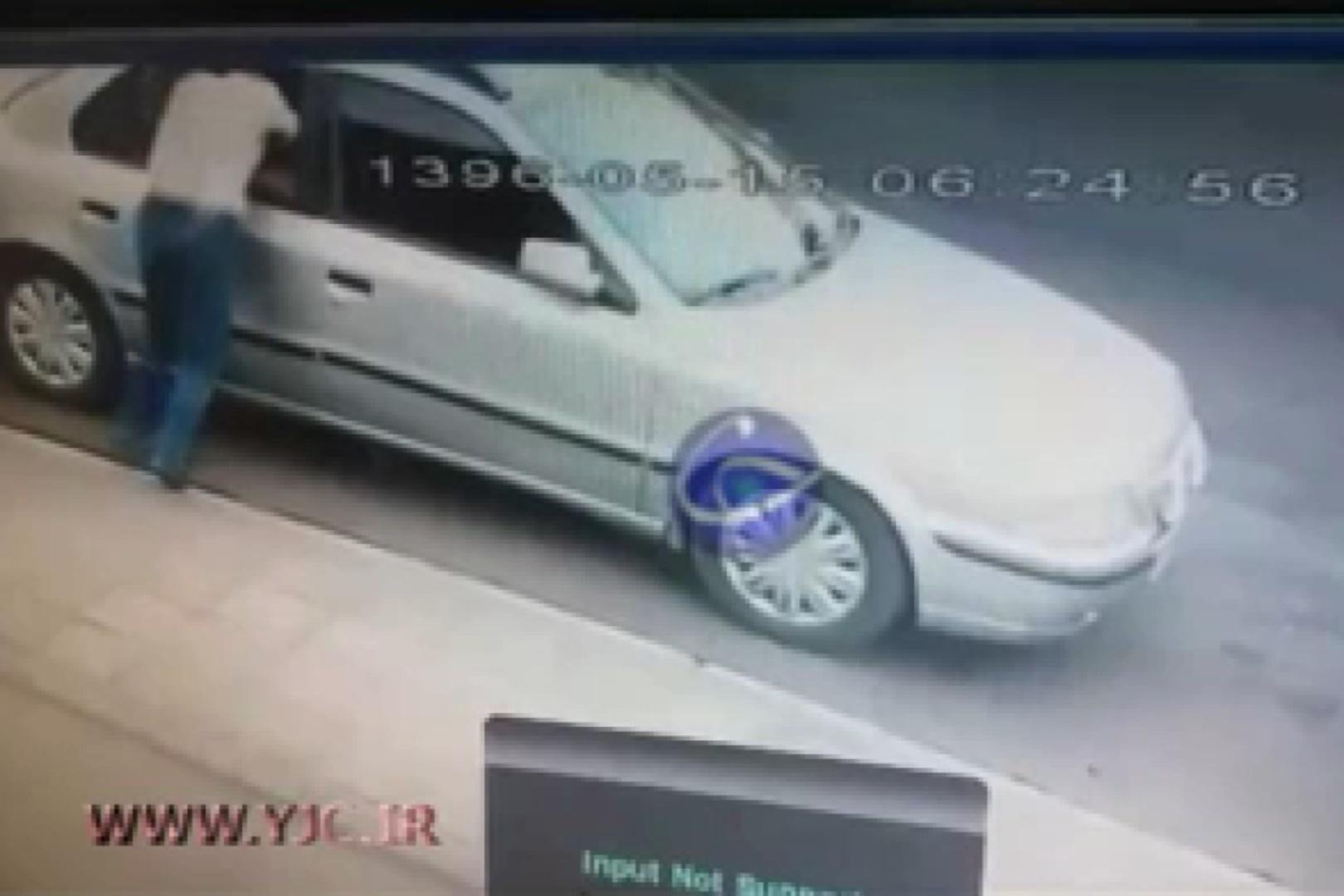 فیلم | سرقت از یک خودرو در میدان قزوین با آرامش کامل!