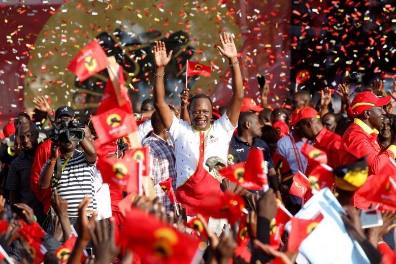 تصاویر | انتخابات کنیا زیر سایه وحشت | از خودروهای زرهی تا ۱۵۰ هزار نیروی امنیتی در خیابان