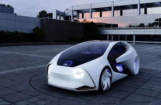نقشه فیات و بامو برای تولید تاکسیهای خودران/چند سال دیگر روبوتاکسیها عادی میشوند؟