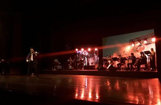 احضار زورو، هری پاتر، جان اسنو و جک اسپارو روی صحنه تالار وحدت