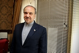 وزیر ورزش در مجلس بیمخالف شد