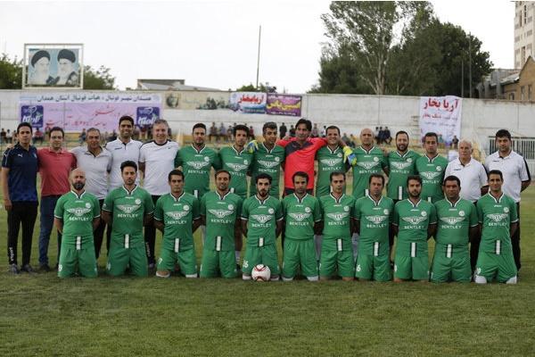 فیلم | دقایق دیدنی بازی پیشکسوتان فوتبال و رسانه ورزش؛ یادبود شهید حججی