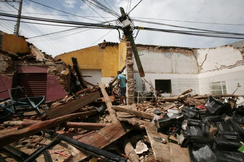 تصاویر | حال و روز غمانگیز مکزیکیها بعد از زلزله ۸.۱ ریشتری
